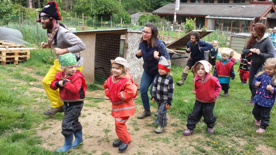 Of course, to see the chickens, chicks and roosters we had to walk like chickens too...we're good!